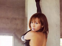 Dazzling asian babe with a big full round bottom i...