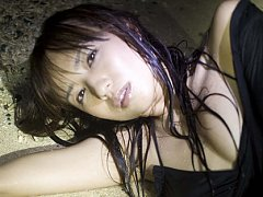 Maomi Yuuki Asian changes sexy outfits while posin...