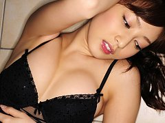 Natsuki Ikeda Asian with big boobs in corset is si...