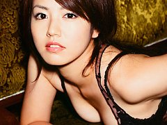 Gravure idol babe is a perfect angel in her sultry...