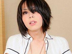 Meet Makina Hoshinome