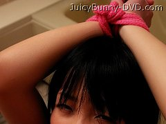 Jav Idol Hikaru Momose loves soft s&m and toy play