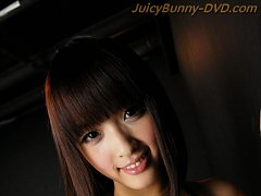 JAV Idol Rin Yuzuki gets a blindfold and double pe...