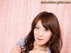 Beautiful Jukujo, Mirai Sachi is a perfect wife to...