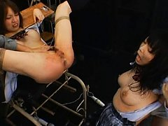 Miharu pussy fisted after a messy enema session wi...