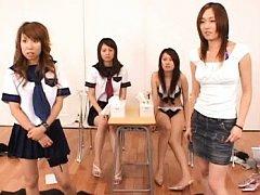 Japanese AV Model and miss showing kittens how do...