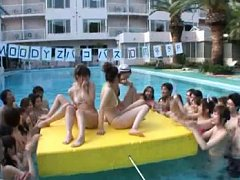 Japanese AV Model riding tool with gals watching a...
