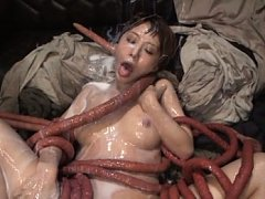 Elly Arai Asian has body covered in sperm and full...