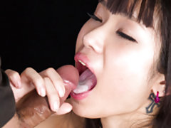 Fellatio loving cutie Ayumu Nakahori sucks his coc...