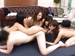 Japanese AV Model and girlfriends ride fellow mout...