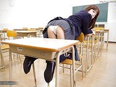School girl Nishino Ena uses chair to masturbate h...