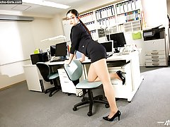 JAV Idol Ryu Enami, Horny Female Boss