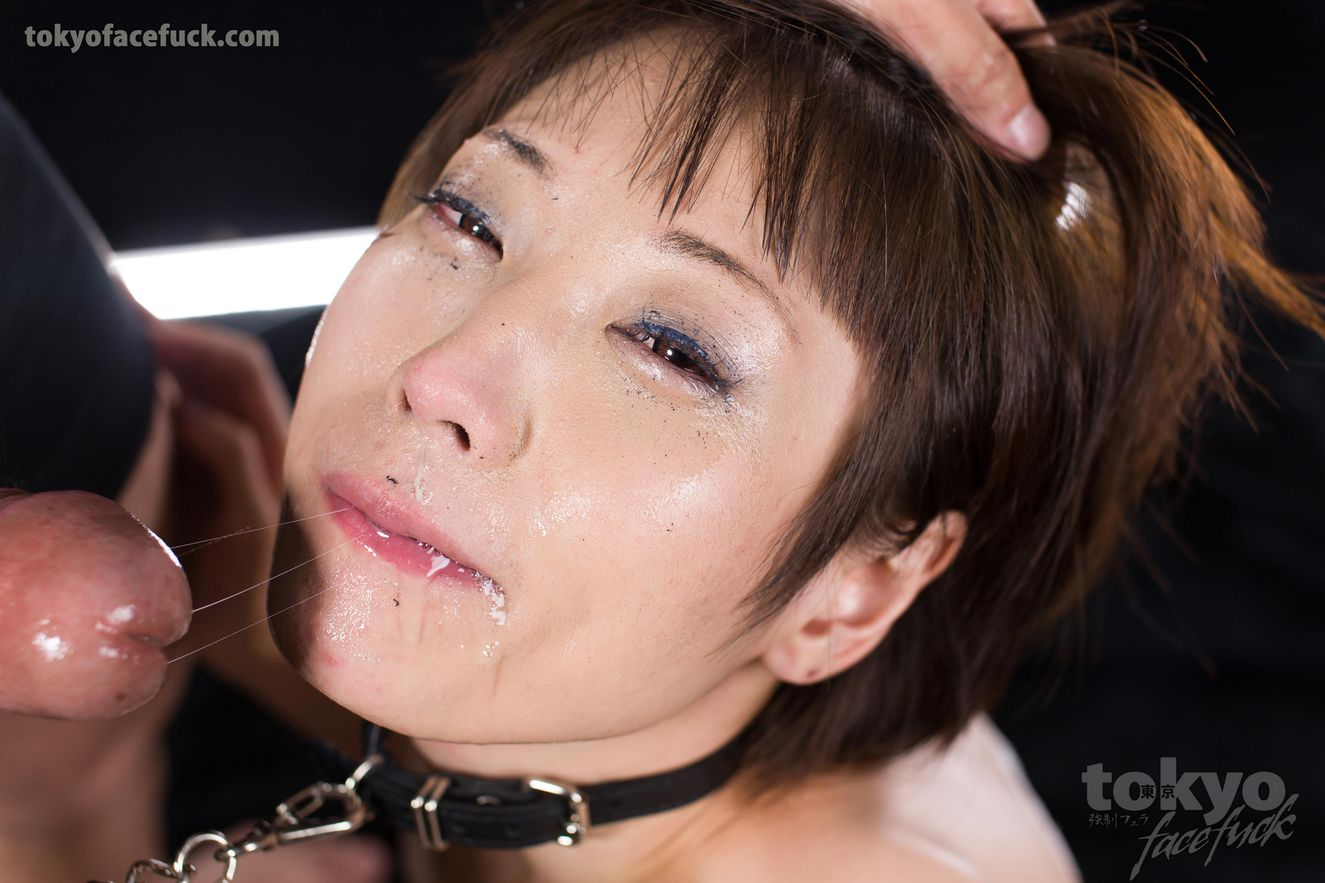 Slender beauty Mizuki is BDSM dog collared and fac...