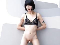 New trans girl Yoko in sexy nude gravure pics