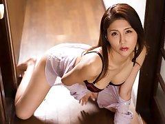 Wildcat cougar Chitose Hara in hot sex scene pics