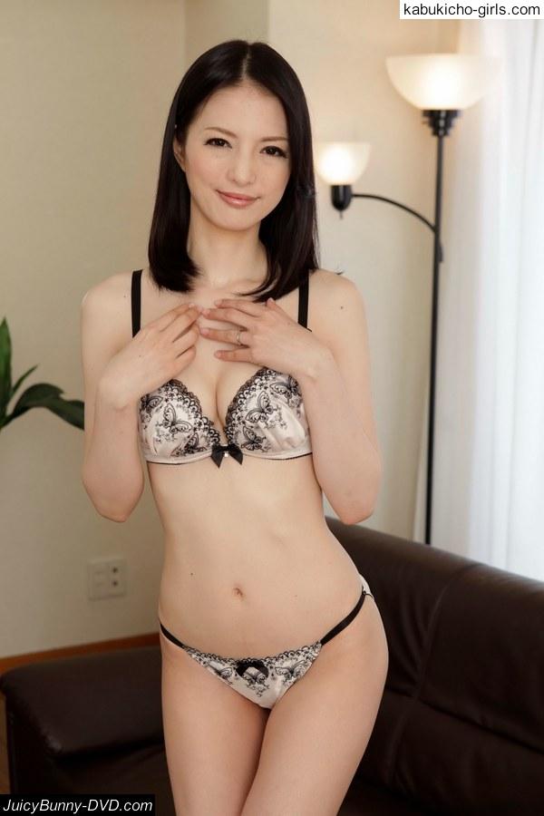 Miria-Hazuki_005-juicybunnyjav.jpg