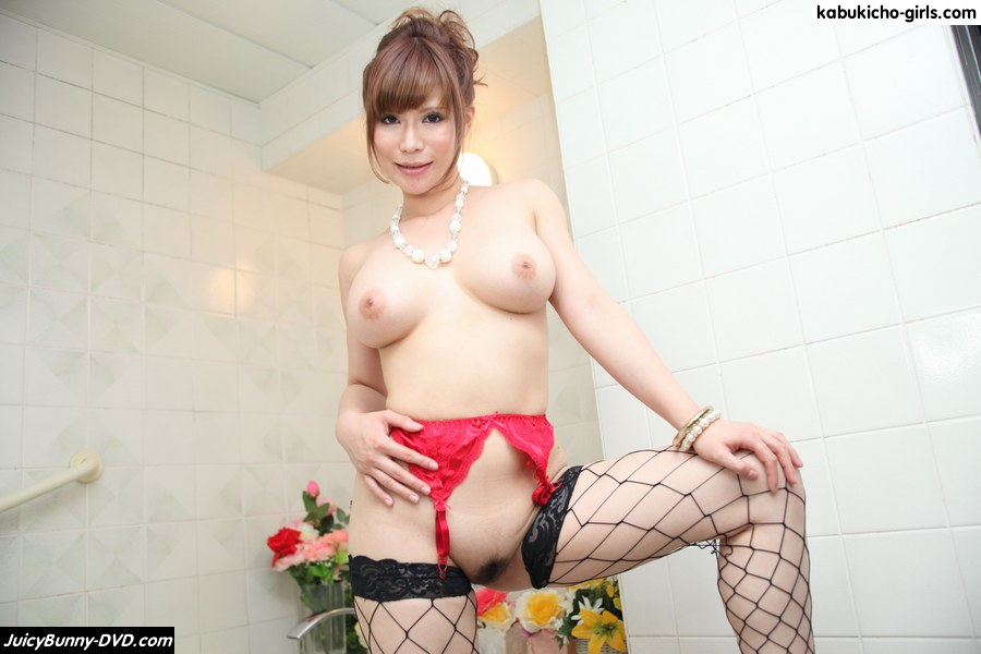 Smooth milky skin & dynamite sexy body av idol Rei Ayana as a high-class soap lady!