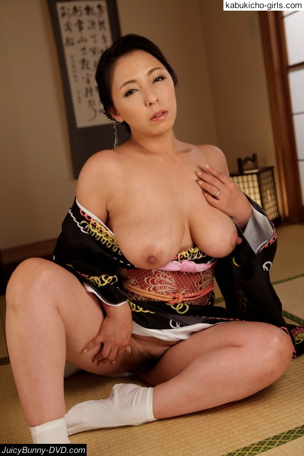 Dirty minded wife advent 5 maki hojo 4